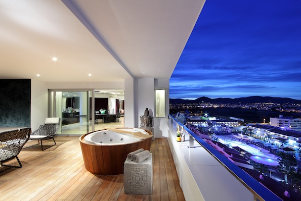 h tel de luxe ibiza. Black Bedroom Furniture Sets. Home Design Ideas